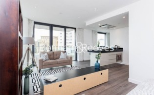 picture of Studio flat in  Alie Street, Aldgate, E1