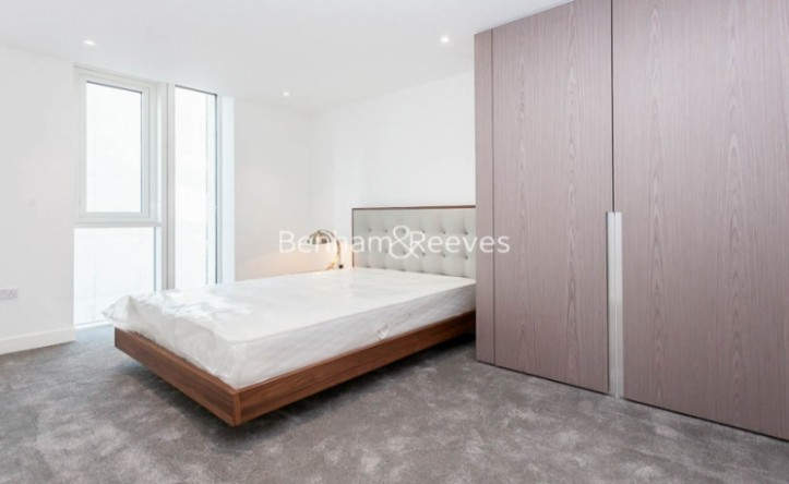 1 Bedroom flat to rent in Ariel House, London Dock, Wapping, E1W