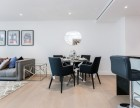 2 Bedroom flat to rent in Vaughan Way, Wapping, E1W