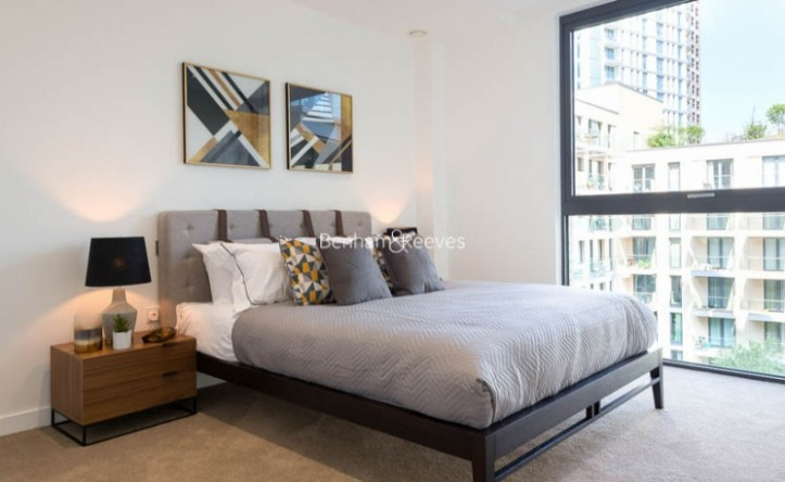 1 Bedroom flat to rent in Chaucer Garden, Aldgate East, E1