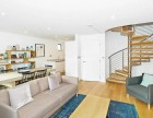 3 Bedroom flat to rent in Commercial Road, Aldgate, E1