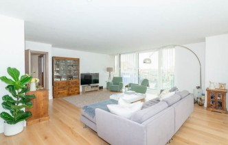 picture of 2 Bedroom(s) flat in  Gauging Square, Wapping, E1W