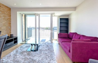 picture of 1 Bedroom(s) flat in  Wapping High Street, Wapping, E1W