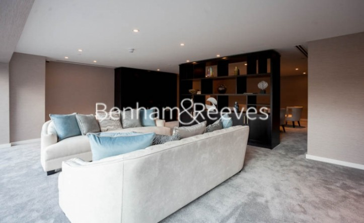 2 Bedroom flat to rent in Lavender Place, Royal Mint Gardens, E1