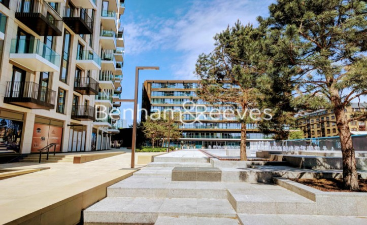 1 Bedroom flat to rent in Emery Wharf, Wapping, E1W