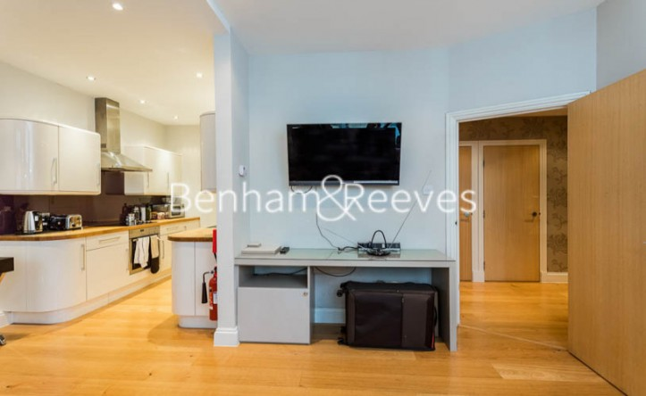 2 Bedroom flat to rent in The Wexner Building, Middlesex Street, Spitalfields, E1