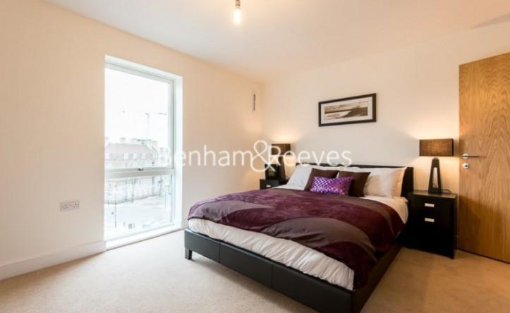2 Bedroom flat to rent in Freda Street, Bermondsey, SE16