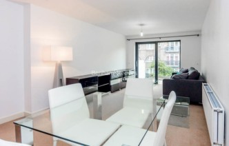 picture of 1 Bedroom(s) flat in  Fairmont house, Canada Water, SE16