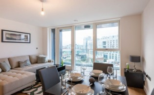 picture of 2 Bedroom(s) flat in  Babbage Point, Surrey Quays, SE10