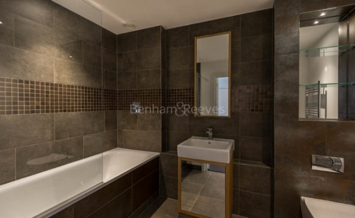 1 Bedroom flat to rent in Imperial Building, Woolwich, SE18