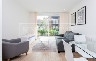 picture of 1 Bedroom(s) flat in  Endeavour House, Ashton Reach, SE16