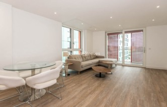 picture of 2 Bedroom(s) flat in  Enderby Wharf, Surrey Quays, SE10
