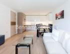 3 Bedroom flat to rent in Baroque Gardens, Marine Wharf, Surrey Quays, SE16