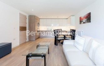 picture of 3 Bedroom(s) flat in  Baroque Gardens, Marine Wharf, Surrey Quays, SE16