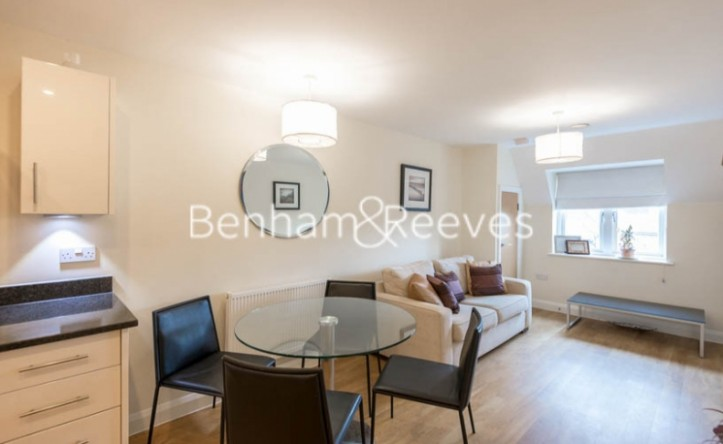 1 Bedroom flat to rent in Cheam Road, Ewell Village, KT1