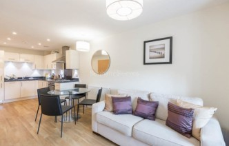 picture of 1 Bedroom(s) flat in  Mercury House, Ewell, KT17