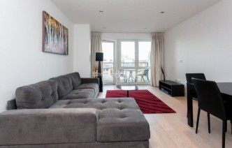 picture of 2 Bedroom(s) flat in  Kew Bridge Road, TW8