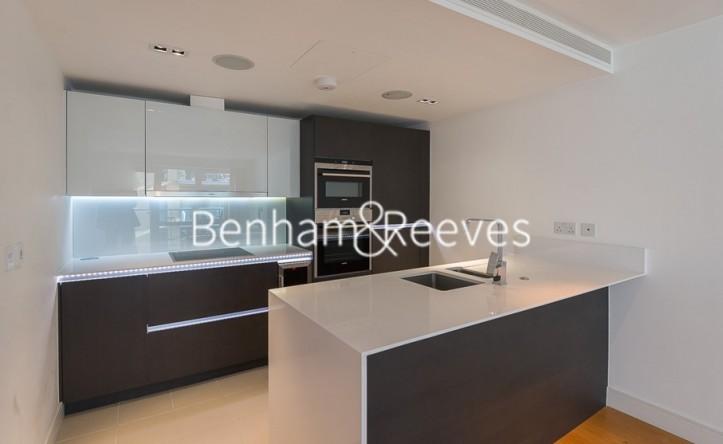 2 Bedroom flat to rent in Kew Bridge Road, Brentford, TW8