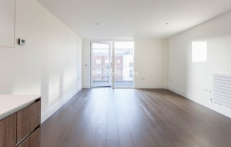 picture of 1 Bedroom(s) flat in  Queenshurst Square, Kingston Upon Thames, KT2