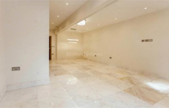 picture of 3 Bedroom(s) flat in  Sutherland Road, Chiswick, W4