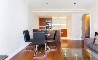 picture of 2 Bedroom(s) flat in  Kew Bridge Road, Brentford, TW8