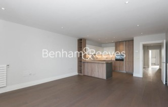 picture of 2 Bedroom(s) flat in  QueenshurstSquare, Kingston Upon Thames, KT2