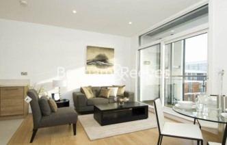 picture of 1 Bedroom(s) flat in  Cornell Square, Nine Elms, SW8