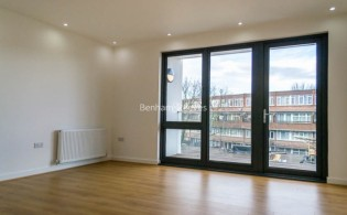 picture of 1 Bedroom(s) flat in  Stewarts Road, Nine Elms, SW8