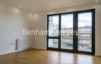 picture of 1 Bedroom(s) flat in  Stewarts Road, Nine Elms, SW8