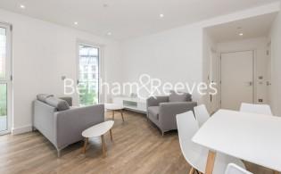 picture of 1 Bedroom(s) flat in  Wandsworth Road, Nine Elms, SW8