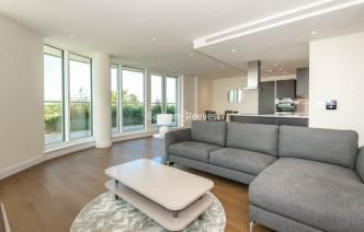 picture of 2 Bedroom(s) flat in  Vista Chelsea Bridge, Nine Elms, SW11
