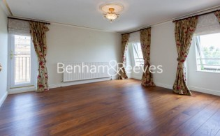 picture of 2 Bedroom(s) flat in  Netherhall Gardens, Hampstead, NW3