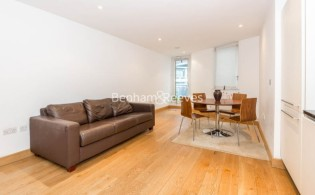 picture of 1 Bedroom(s) flat in  Pond Street, Hampstead Heath, NW3