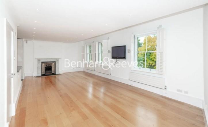 3 Bedroom flat to rent in Downside Crescent, Belsize Park, NW3