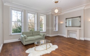 picture of 1 Bedroom(s) flat in  Chesterford Gardens, Hampstead, NW3