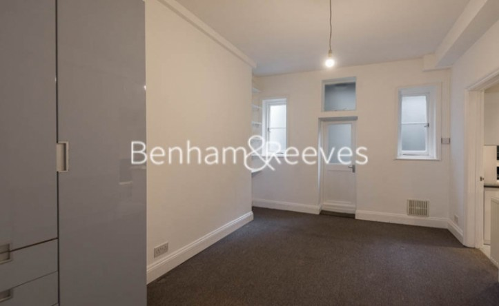 1 Bedroom flat to rent in Branch Hill, Hampstead  NW3