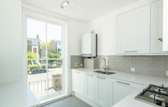 picture of 2 Bedroom(s) flat in  Parkhill Road, Hampstead, NW3
