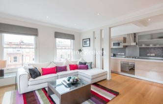 picture of 3 Bedroom(s) flat in  Goldhurst Terrace, South Hampstead, NW6