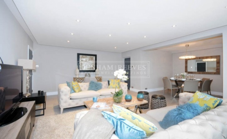 3 Bedroom flat to rent in Boydell Court, Hampstead, NW8