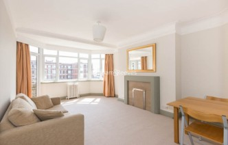picture of 1 Bedroom(s) flat in  Hillfield Court, Belsize Avenue, NW3