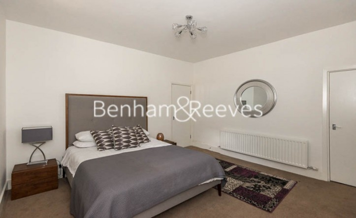 1 Bedroom flat to rent in Finchley Road, St John's Wood, NW8