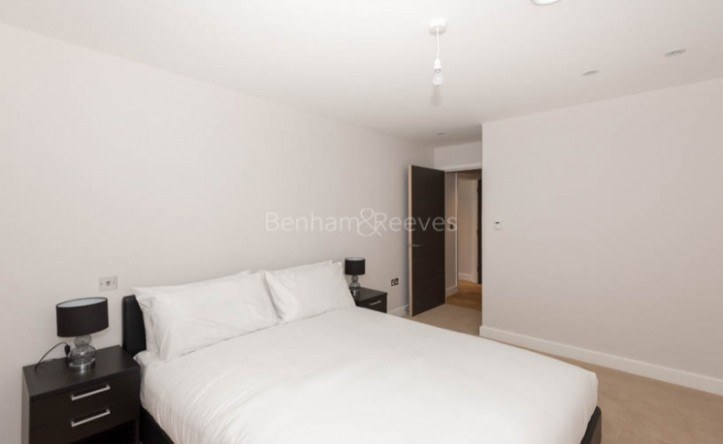 1 Bedroom flat to rent in Iverson Road, West Hampstead, NW6