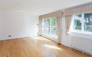 picture of 4 Bedroom(s) flat in  Loudoun Road, St John's Wood, NW8