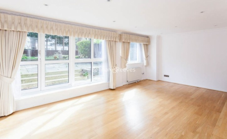 4 Bedroom house to rent in Loudoun Road, St John's Wood, NW8