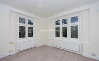 picture of 2 Bedroom(s) flat in  Christchurch Hill, Hampstead Village, NW3
