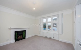 picture of 2 Bedroom(s) flat in  Christchurch Passage, Hampstead, NW3