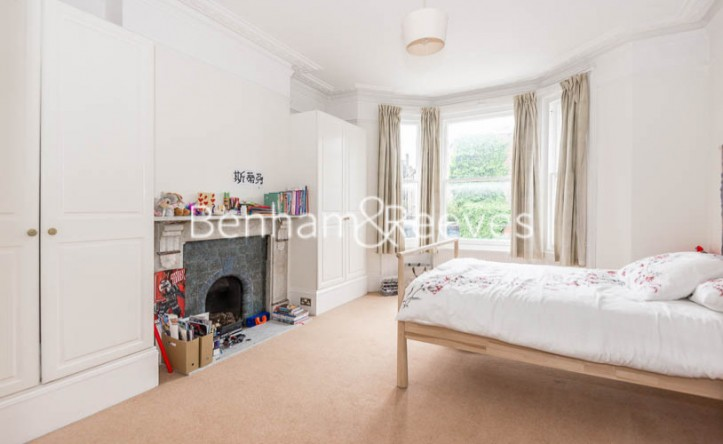 1 Bedroom flat to rent in Willoughby Road, Hampstead, NW3