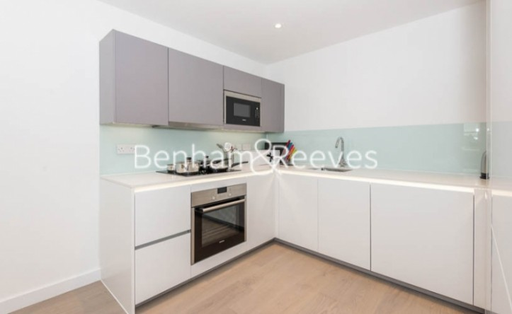 1 Bedroom flat to rent in Fellow Square, Cricklewood, NW2