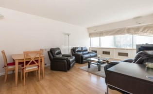 picture of 2 Bedroom(s) flat in  Park Road, Hampstead, NW8