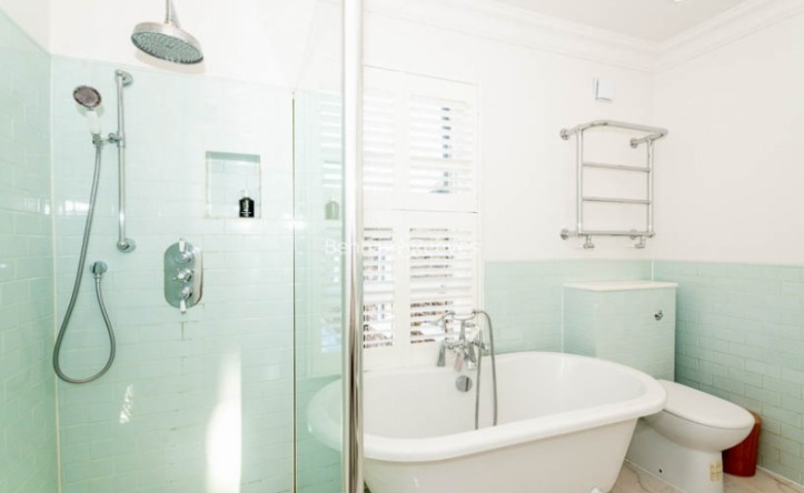 3 Bedroom house to rent in Glengall Road, Queens Park, NW6